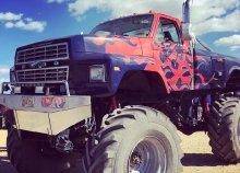 3 körös élményvezetés Monster Truck Big Foottal a gyáli motocross pályán