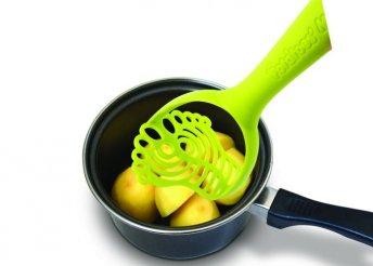 Talpat mintázó krumplinyomó zöld színben a vidámabb főzésért
