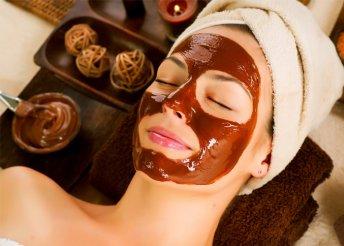 Csokoládé- és koffeinszérumos arckezelés