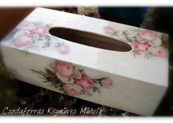 Kézműves, egyedi papírzsebkendő-tartó