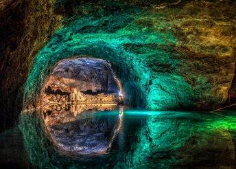 Utazás Ausztriába – Tavasbarlang, Schönbrunn