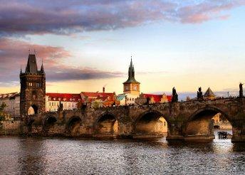 3 nap 2 főnek Prágában, egy hajón, reggelivel