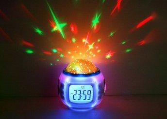 Zenélő csillagkivetítős asztali lámpa és óra