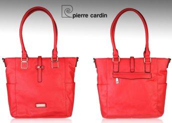 Pierre Cardin márkájú, márkajelzéssel díszített, trendi női válltáska
