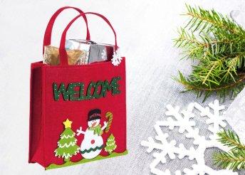 Karácsonyi bevásárlótáska filcből az ünnep meghitt hangulatával Welcome felirattal.