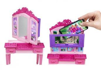 Barbie Szuperhős hercegnő 2 az 1-ben öltözködő- és számítógépasztal