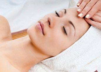 Kozmetikai kezeléssorozat ráncfeltöltéssel