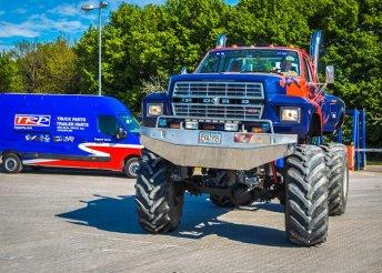 5 körös Monster Truck élményvezetés