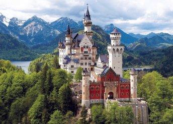 Vár a Neuschwanstein kastély és a Sasfészek
