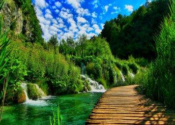 Kirándulj a lenyűgöző Plitvicei-tavakhoz