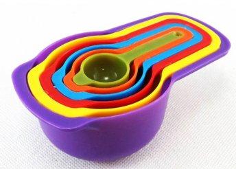 6 db-os, színes, egymásba rakható mérőkanál szett