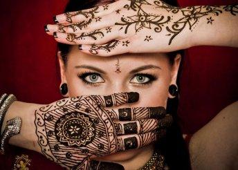 Büszkélkedj egy mutatós hennával