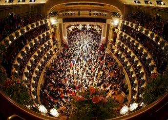 Advent Bécsben Operaház látogatással