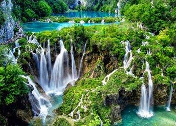 Gyönyörködj a Plitvicei-tavak szépségében és csobbanj a tengerben